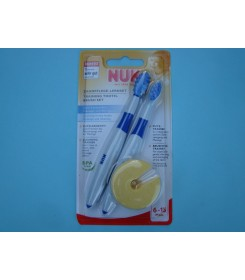 Special NUK brushes for gums and tongue massage